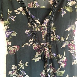 Converse Dresses - Floral summer dress puffy sleeves